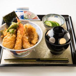 名古屋の金シャチ横丁 天ぷら天丼専門店「徳川忠兵衛」天丼5